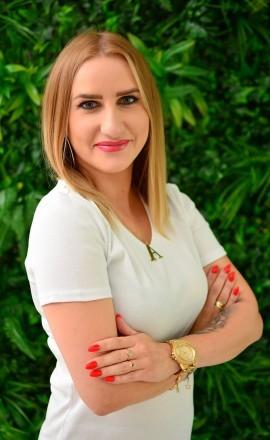 Joanna - Kosmetolog z zakresu zabiegów ze skórą